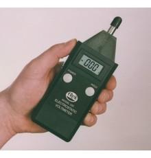 Prenosný voltmeter Trek 520